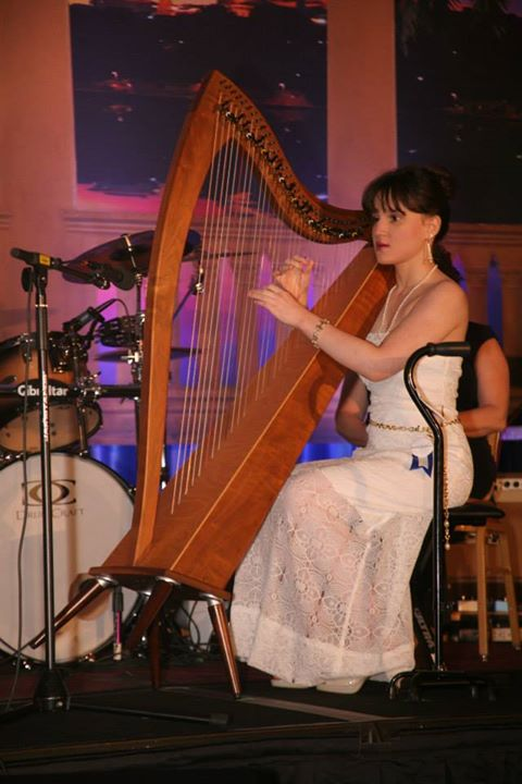 Dalia-blind-cancer-survivor-harp